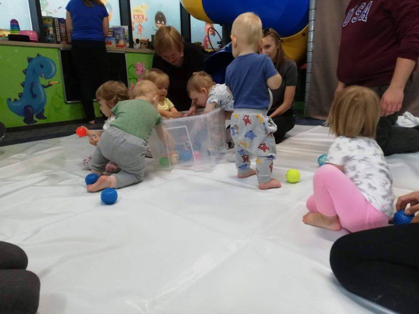 zajęcia dla dzieci sensoryka targówek