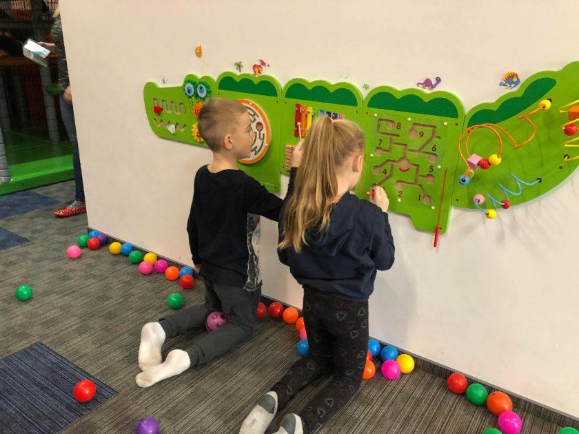 Plac zabaw oferta Przedszkola i Szkoły